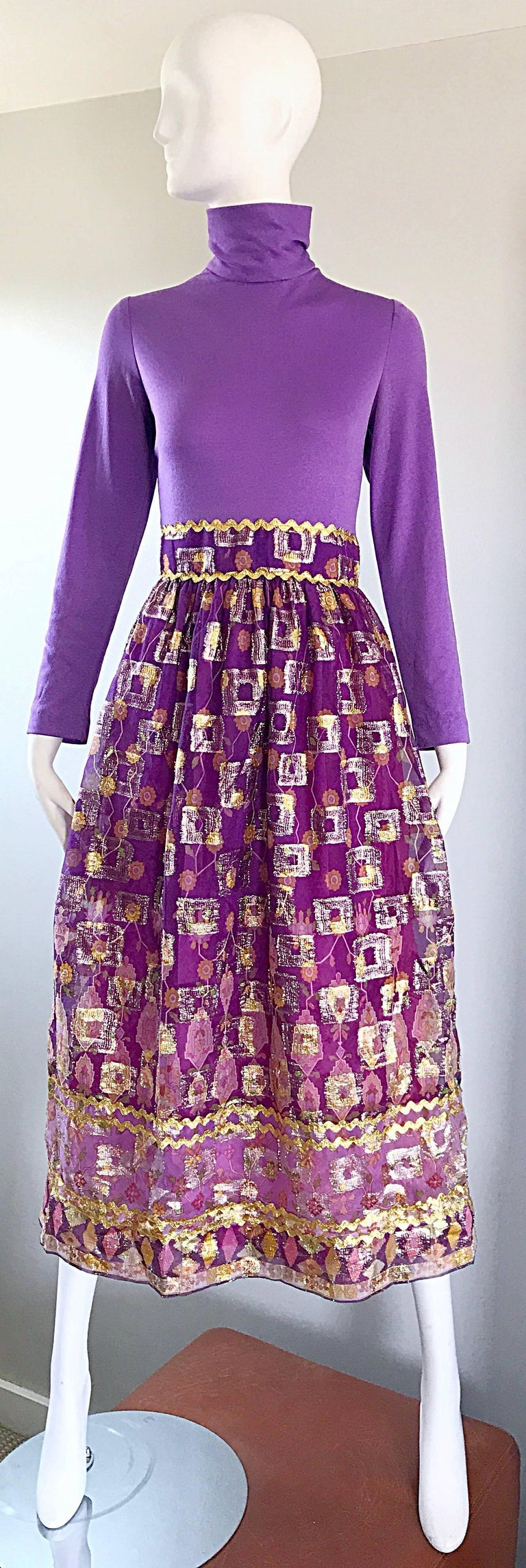 Beautiful 1970s Purple Lavender Ethnic Batik Print High Neck Vintage Midi Dress For Sale 6