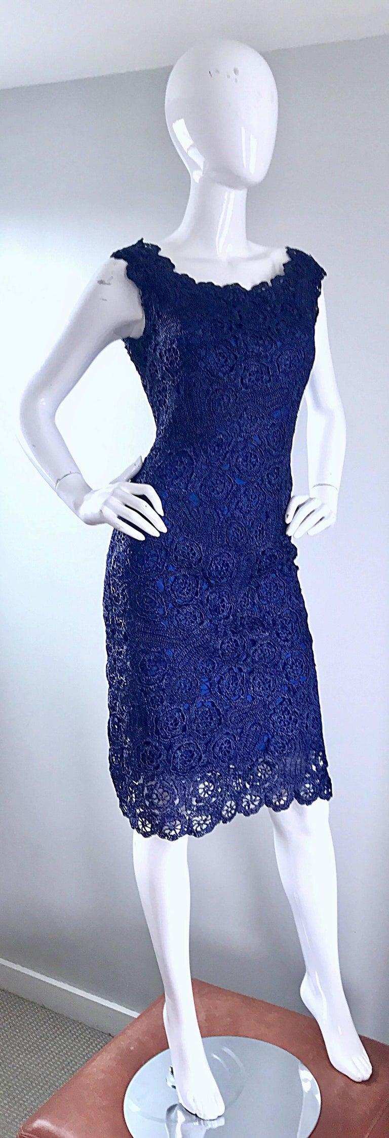 Women's Gorgeous 1950s Demi Couture Navy Blue Raffia Cut - Out Vintage 50s Dress For Sale
