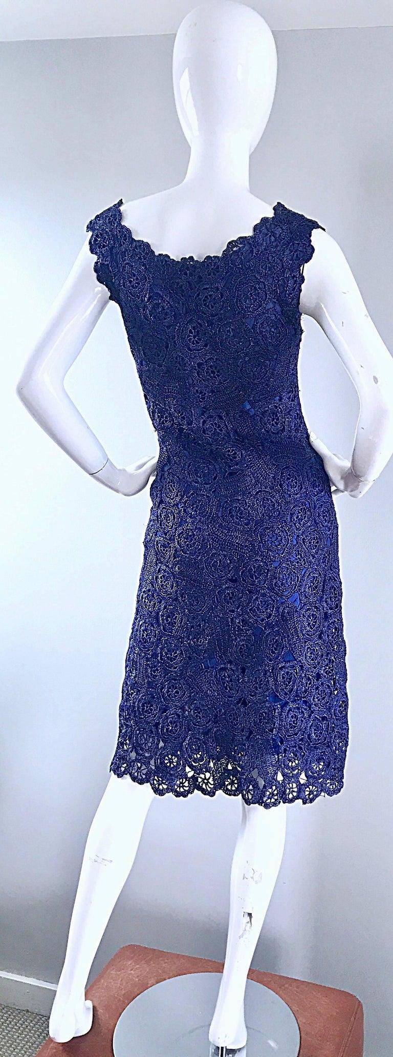 Gorgeous 1950s Demi Couture Navy Blue Raffia Cut - Out Vintage 50s Dress For Sale 3