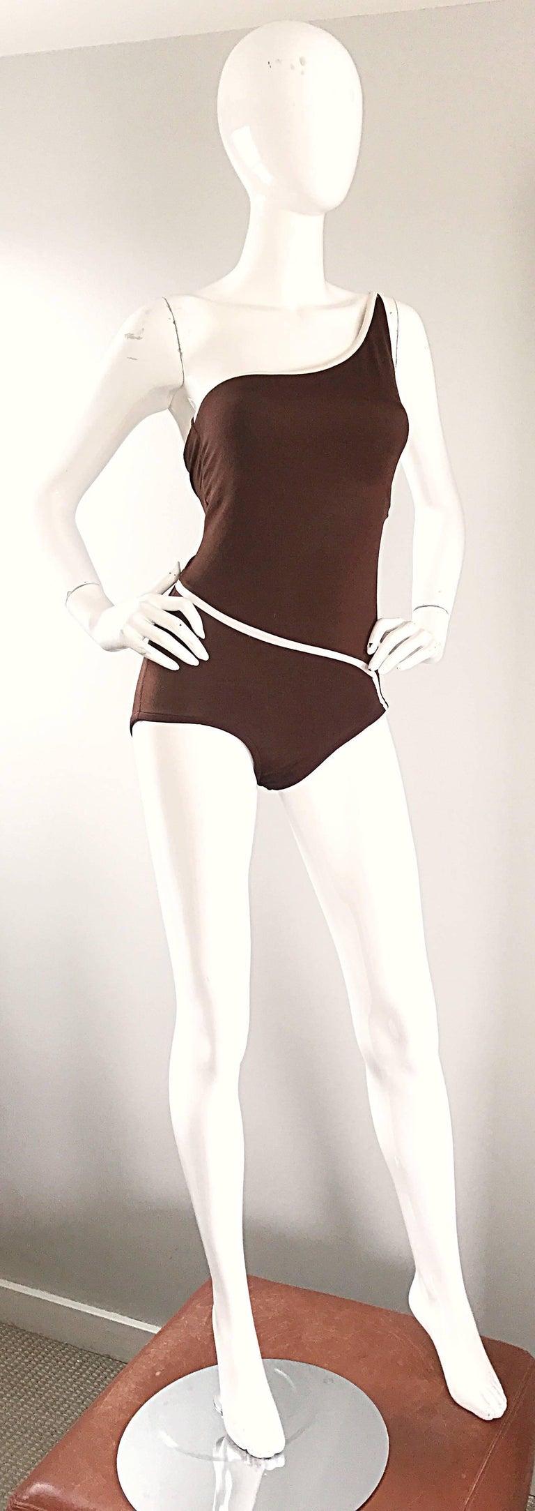 Women's 1970s Bill Blass Brown White One Shoulder Vintage One Piece Swimsuit Bodysuit For Sale