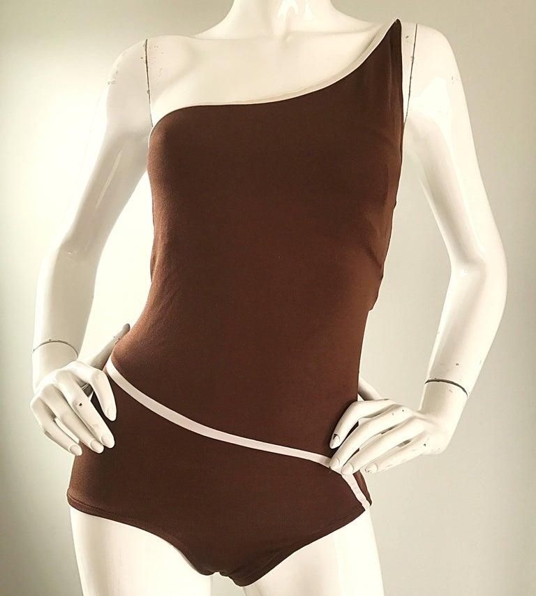 1970s Bill Blass Brown White One Shoulder Vintage One Piece Swimsuit Bodysuit For Sale 1