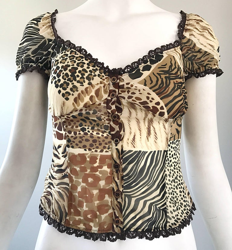 1990s Moschino Cheap & Chic Animal Print Vintage 90s Silk Short Sleeve Crop Top  For Sale 2