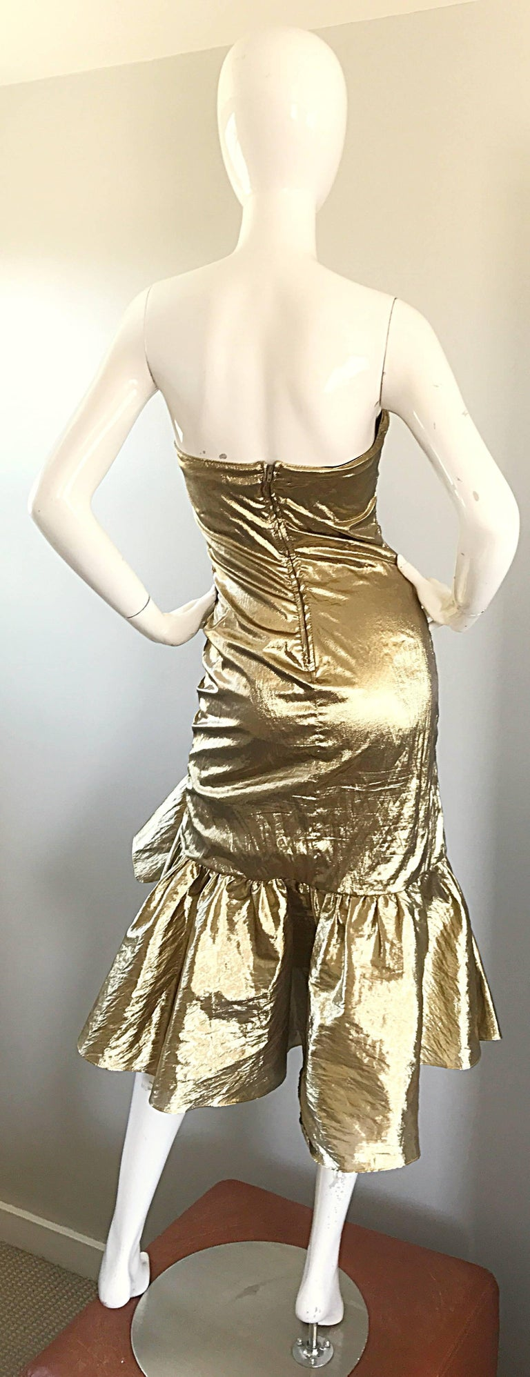 Amazing 1980s Gold Lame Avant Garde 80s Vintage Cocktail Asymmetrical Bow Dress  For Sale 2