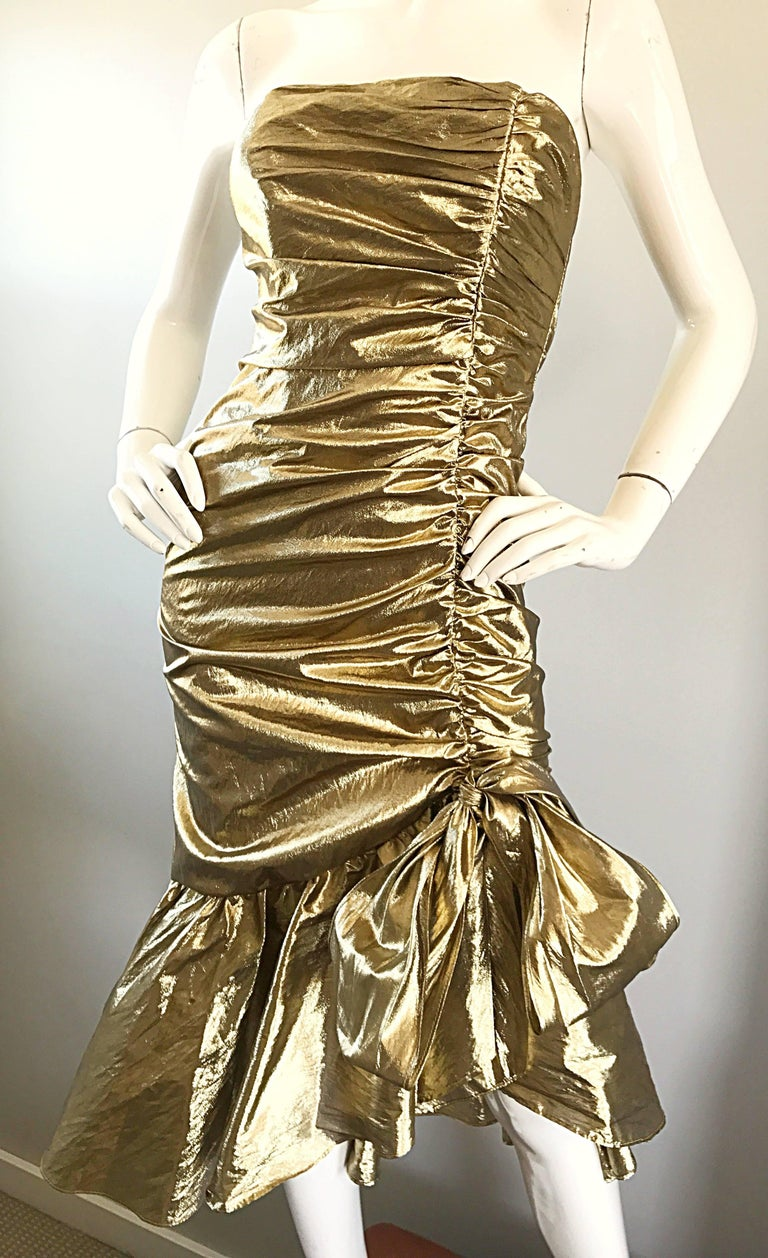 Amazing 1980s Gold Lame Avant Garde 80s Vintage Cocktail Asymmetrical Bow Dress  For Sale 3