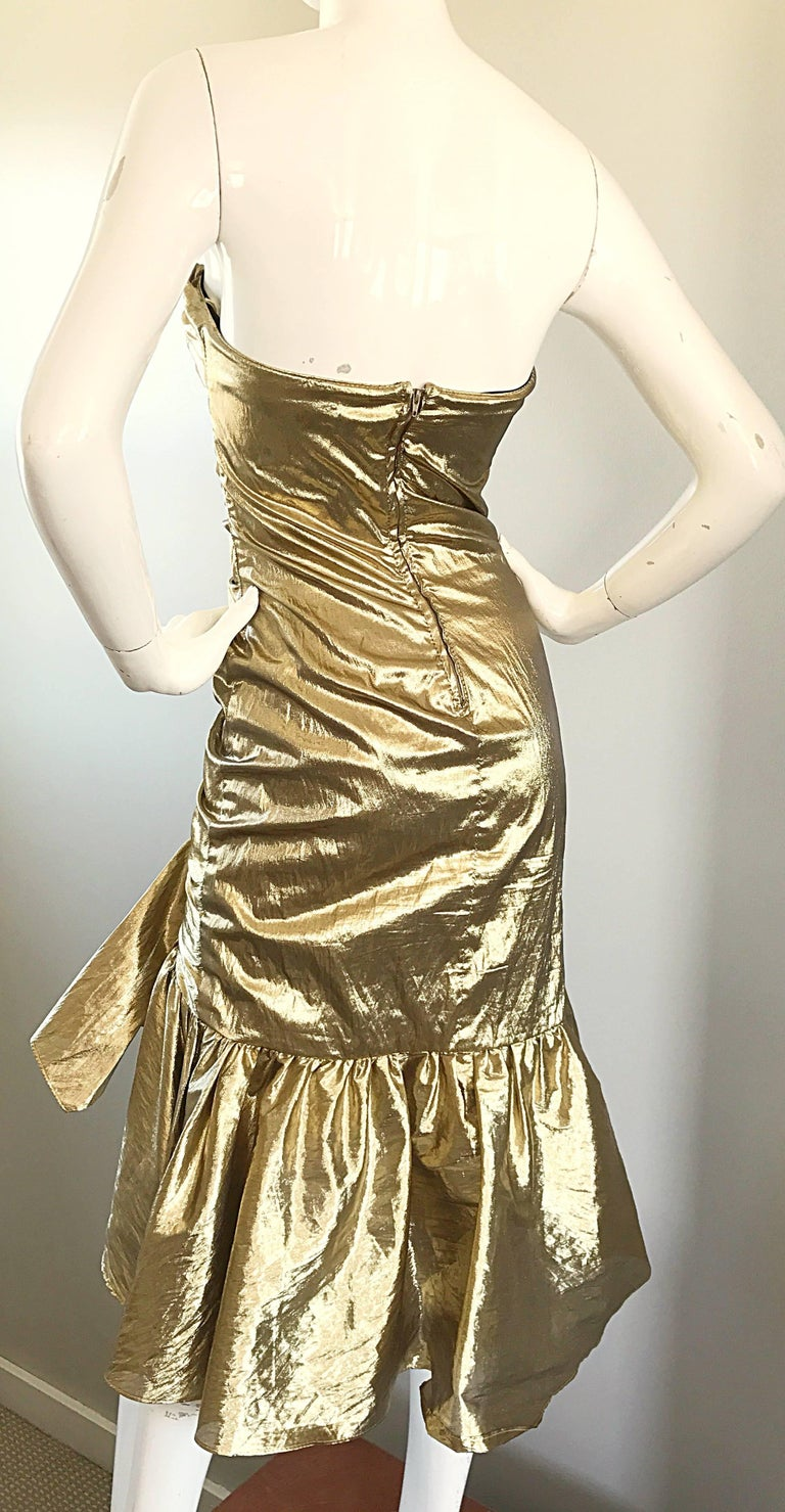 Amazing 1980s Gold Lame Avant Garde 80s Vintage Cocktail Asymmetrical Bow Dress  For Sale 4