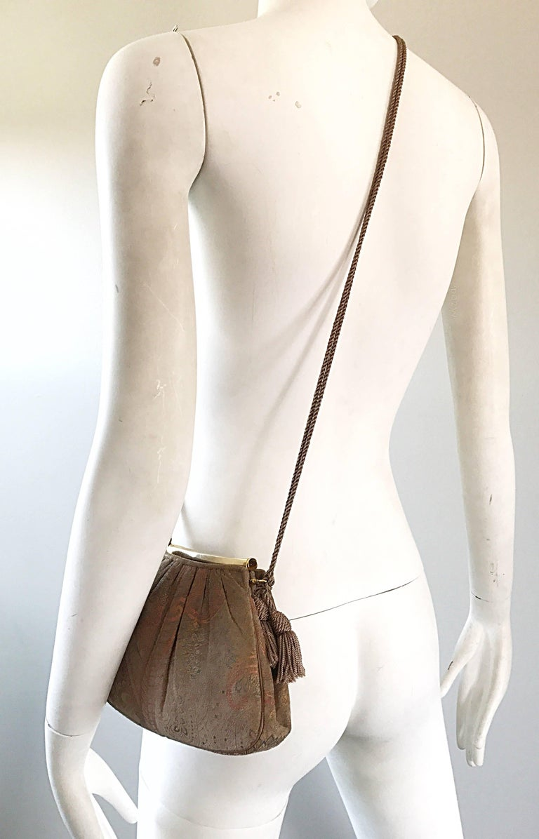 Women's Beautiful Vintage Judith Leiber Hand Painted Taupe Beige Tan Paisley Evening Bag For Sale