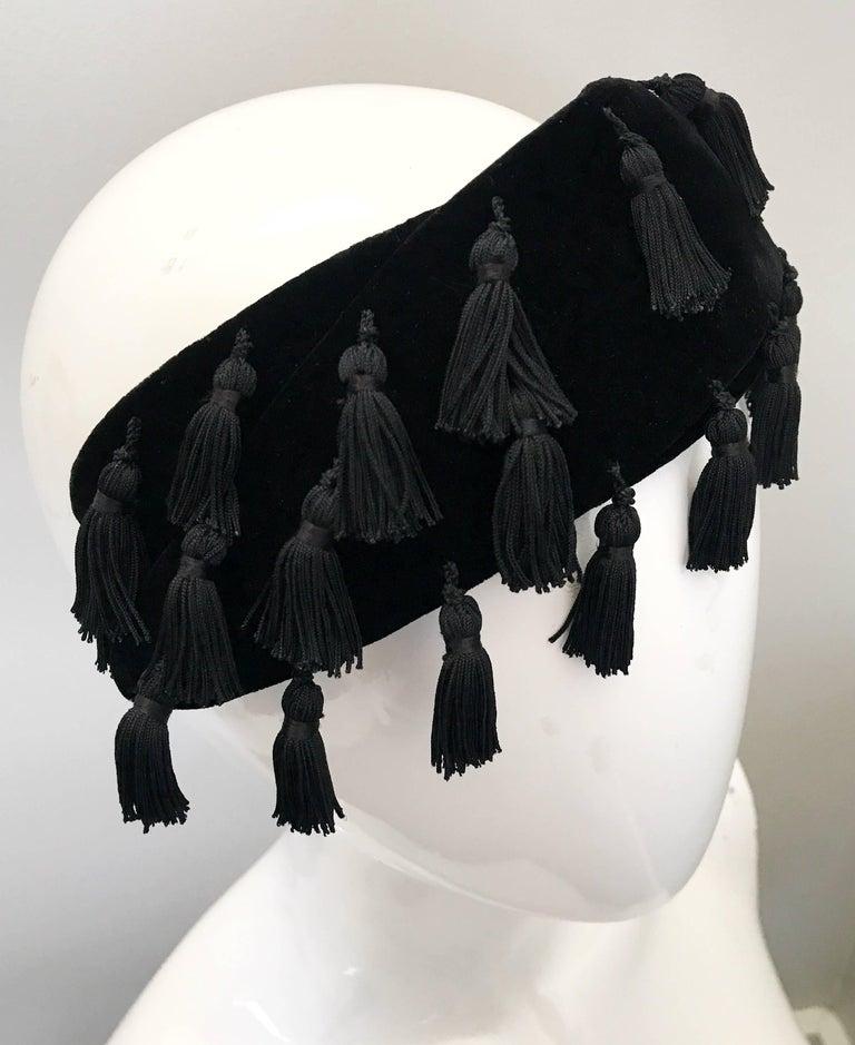 1950s Neiman Marcus Black Velvet Tassels Vintage 50s Half Hat Fascinator  For Sale 2