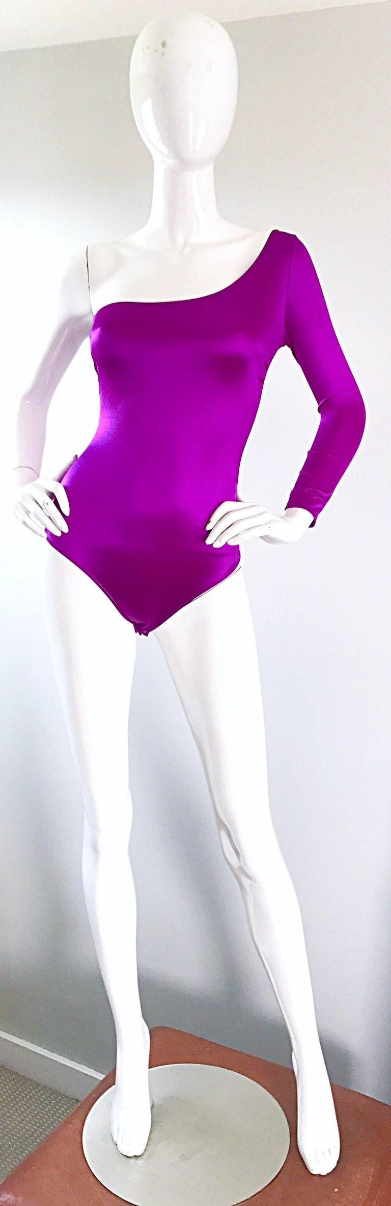 Dolce and Gabbana Vintage 1990s Magenta One Shoulder One Piece Vintage Bodysuit For Sale 4