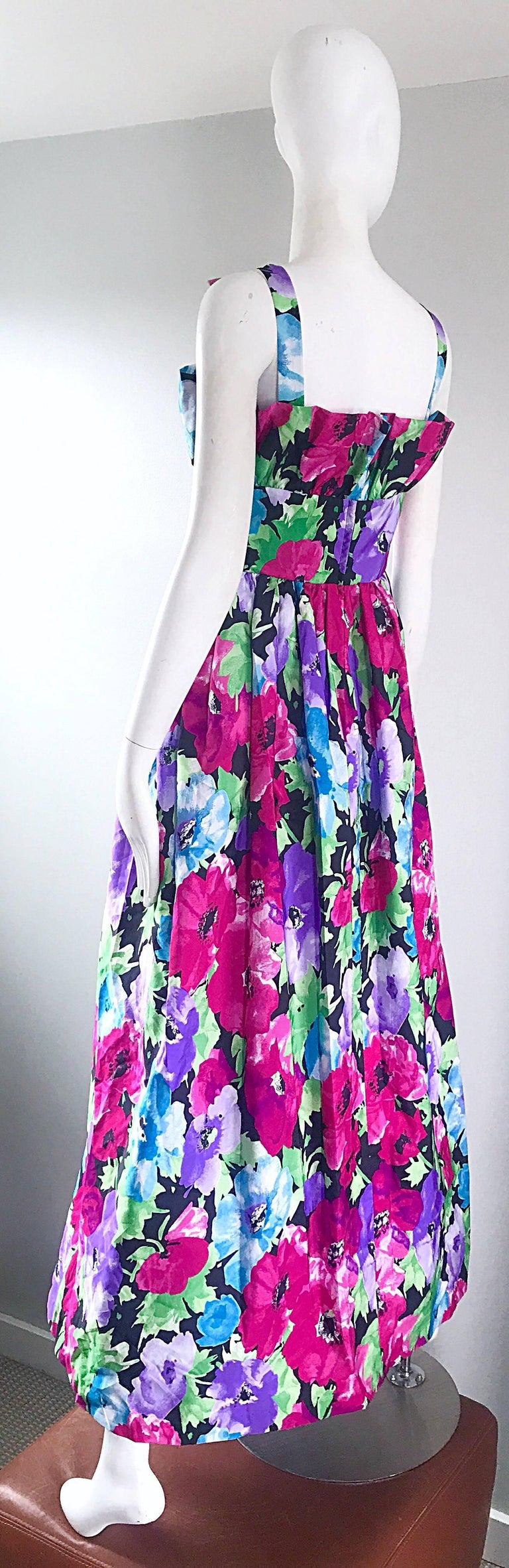 Women's Amazing Vintage Victor Costa Size 12 Tropical Hawaiian Avant Garde Maxi Dress  For Sale