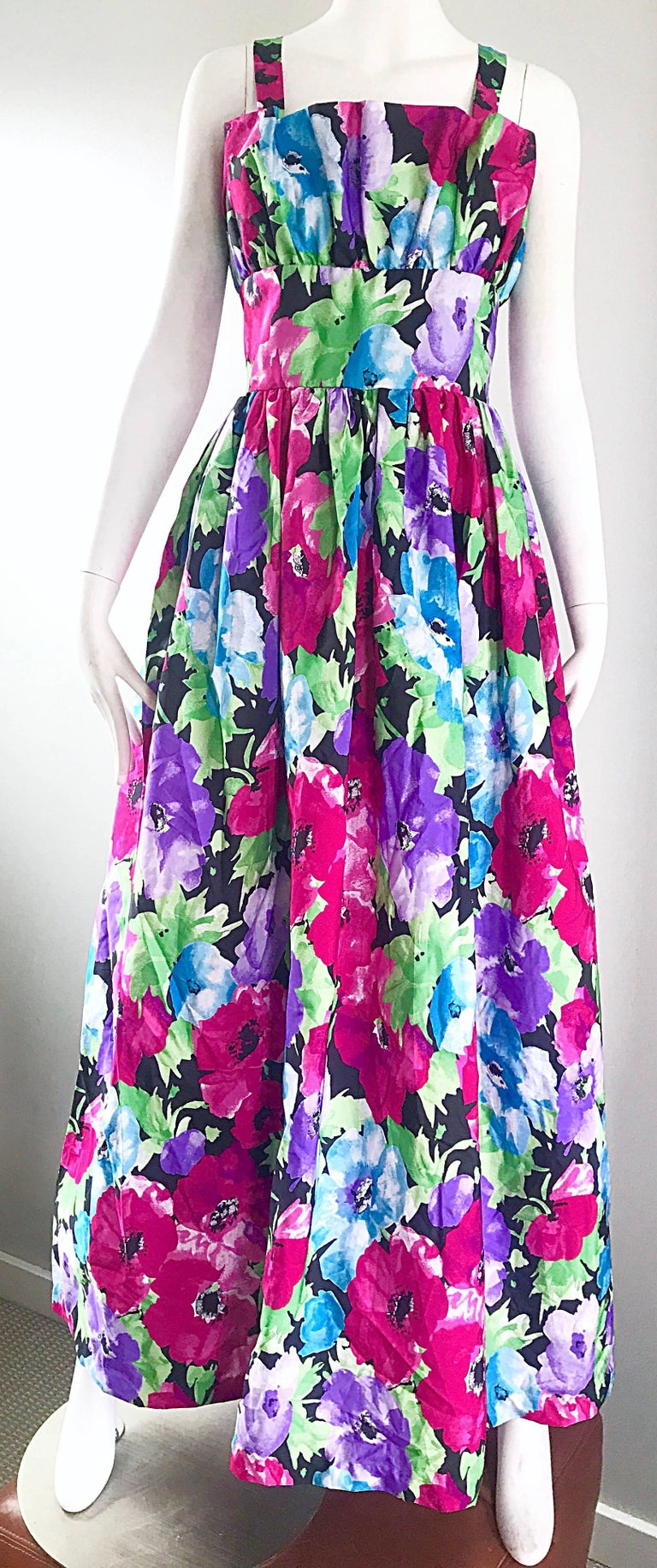Amazing Vintage Victor Costa Size 12 Tropical Hawaiian Avant Garde Maxi Dress  For Sale 1