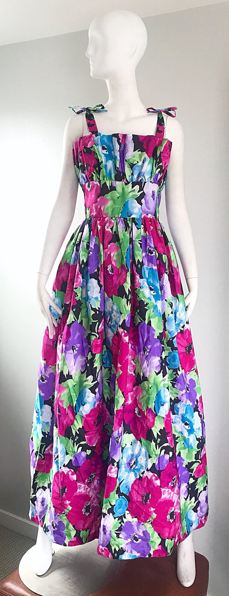 Amazing Vintage Victor Costa Size 12 Tropical Hawaiian Avant Garde Maxi Dress  For Sale 5