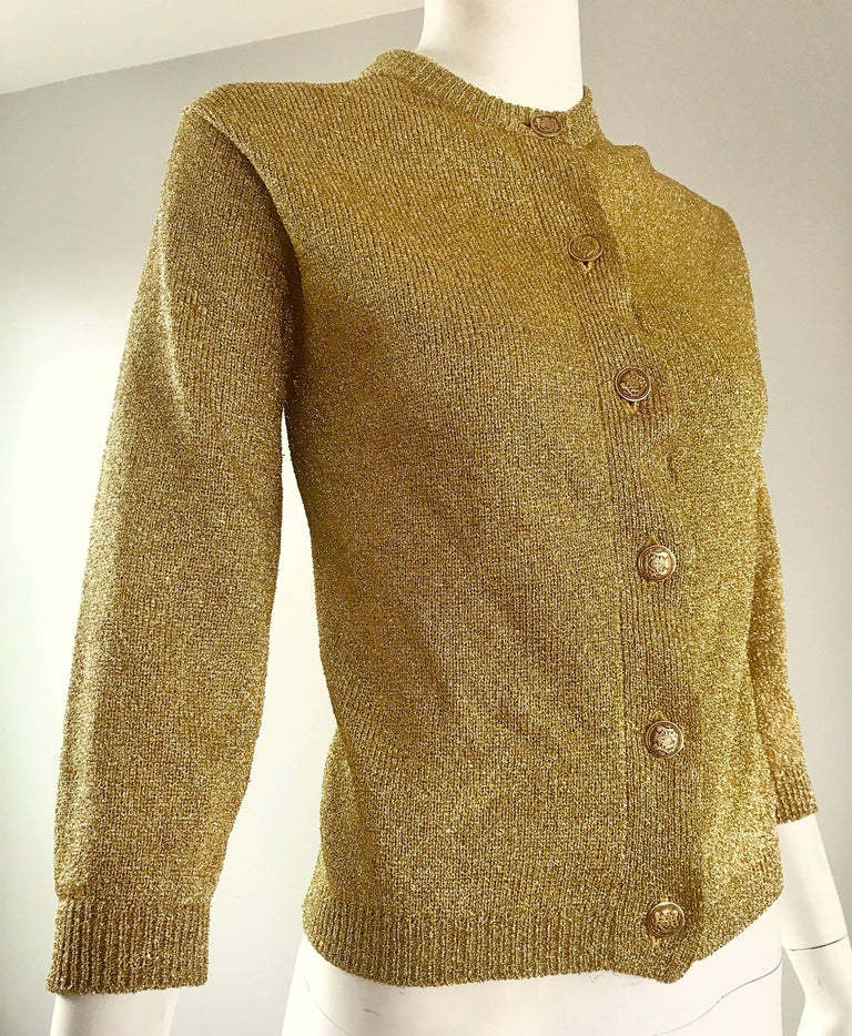 1950s Gold Metallic Lurex 3/4 Sleeves French Made Vintage 50s Cardigan Sweater For Sale 4