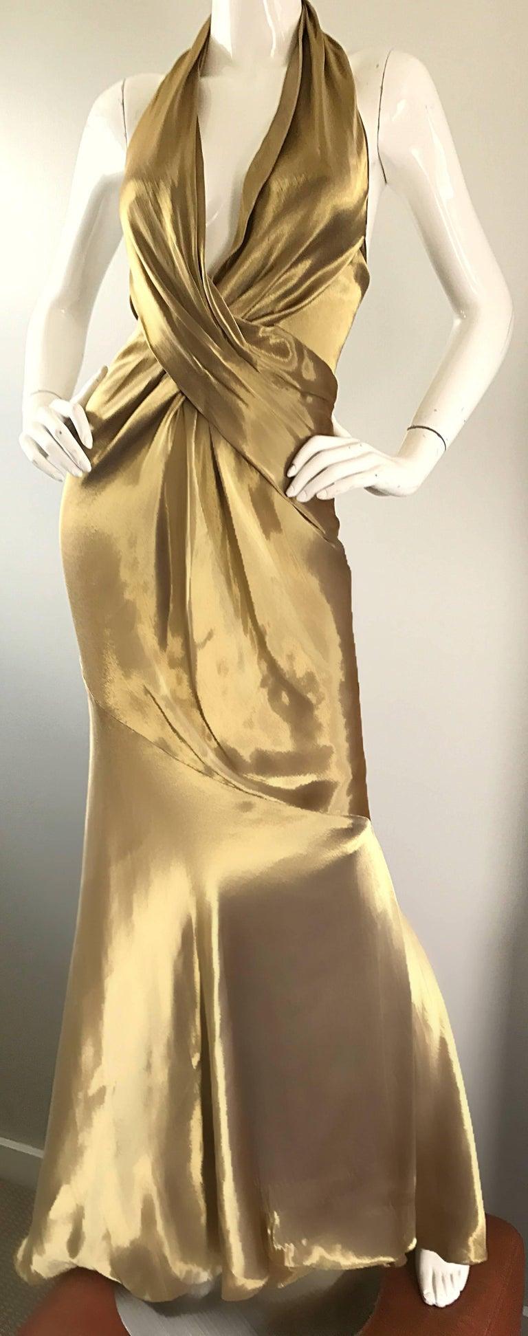Stunning Vintage Donna Karan 1990s Liquid Gold Silk Plunging 90s Halter Gown For Sale 2