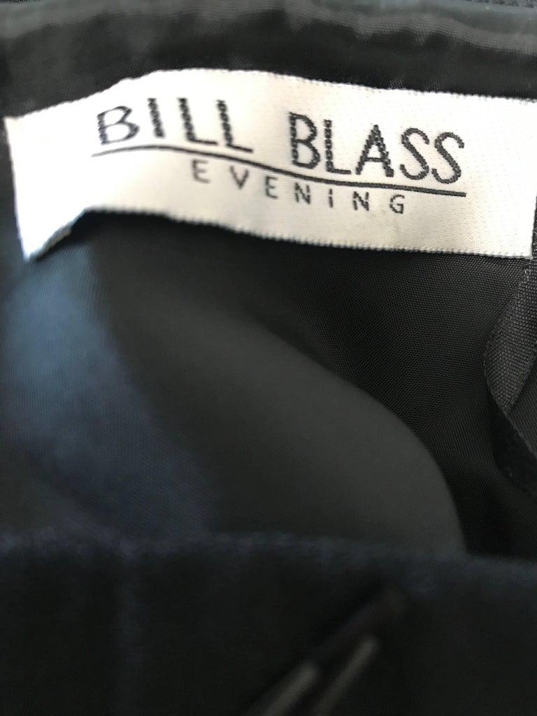 Vintage BIll Blass Black 1990s Beaded Size 8 90s Strapless Evening Dress For Sale 6