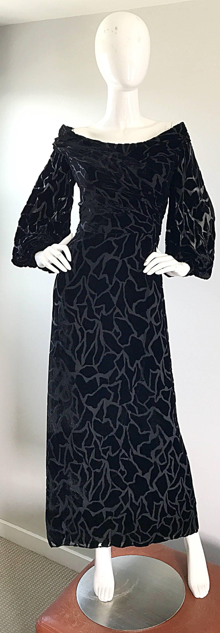 Vintage Liancarlo Couture Size 10 Black Off Shoulder Silk Velvet Burn Out Gown  In Excellent Condition For Sale In Chicago, IL