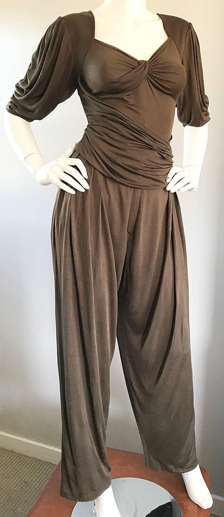 Vintage Emanuel Ungaro Silk Jersey Taupe Two Piece Harem Pants Ensemble Pant Set For Sale 1