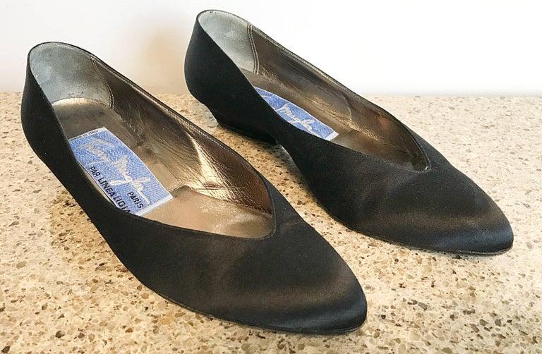 Men's Vintage Thierry Mugler Size 7 1980s Avant Garde  Black Silk Satin Flats Shoes For Sale