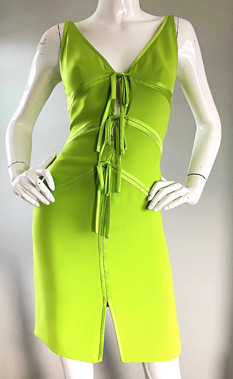 Vintage Valentino Lime Green 1990s Cut - Out Bodycon Sexy Size 4 Silk 90s Dress 2