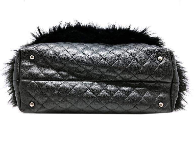 Chanel Black Calfskin Leather / Fur Chain Shoulder Bag 4