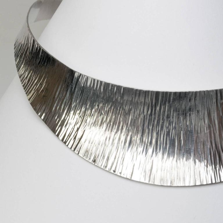 Women's Scandinavian Modern Silver collar