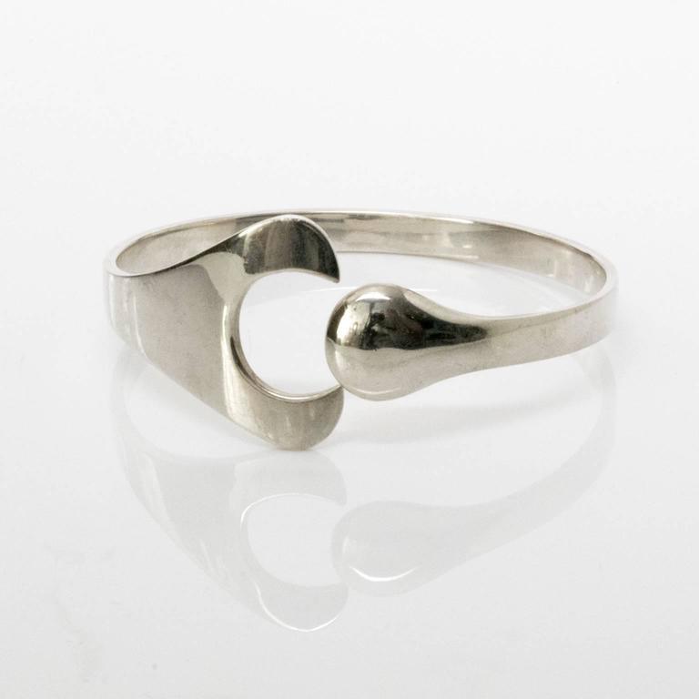 Georg Jensen, Scandinavian Modern silver bracelet, Denmark In Excellent Condition For Sale In New York, NY