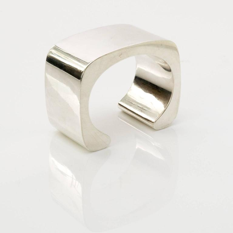 Sterling silver cuff bracelet by Pekka Piekainen, Finland. For Sale 1