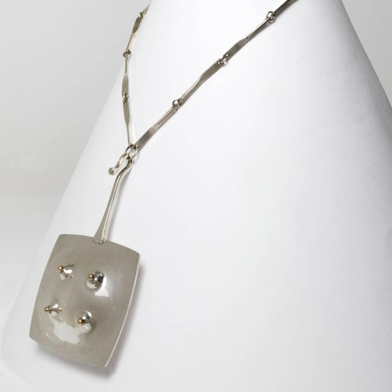Scandinavian Modern Silver Pendant w/chain in Sterling by Ove Bohlin, 1972 In Excellent Condition For Sale In New York, NY