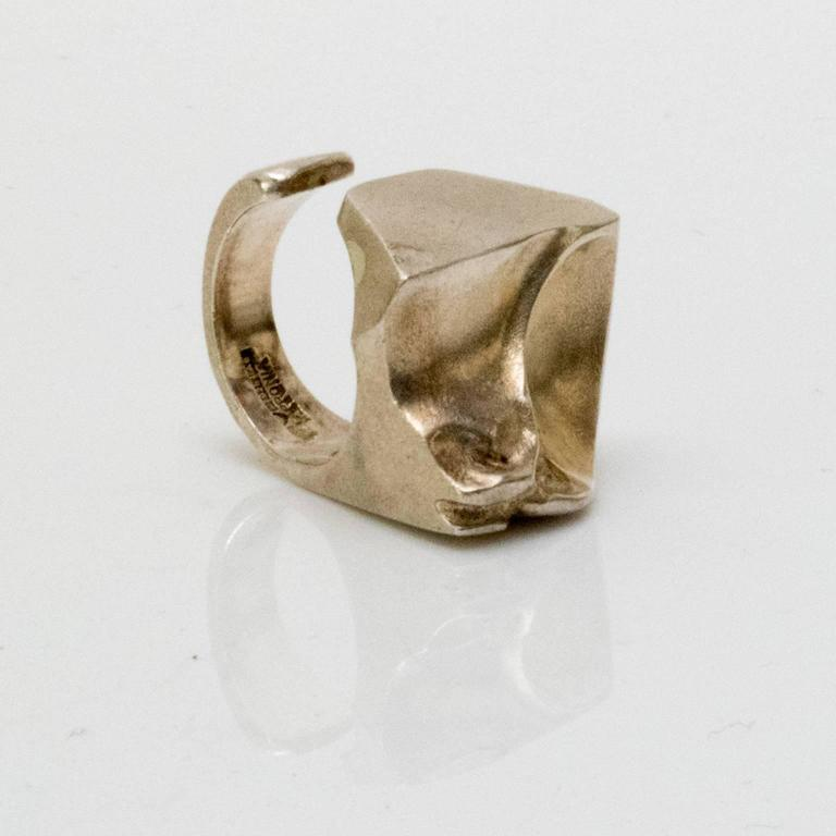 """Scandinavian Modern Silver """"Sagitta"""" ring by Björn Weckström, Lapponia, Finland In Excellent Condition For Sale In New York, NY"""