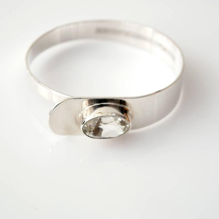 Modernist Scandinavian Modern Sterling Silver bracelet by Erik Granit, Helsinki, 1971 For Sale