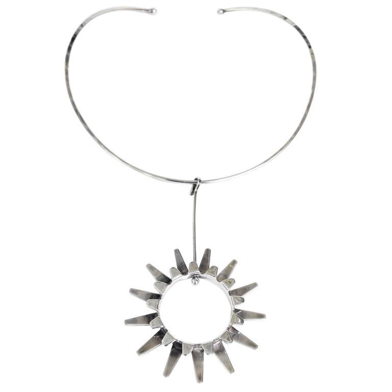 Scandinavian Modern Silver necklace by Tone Vigeland Norway Designs Plus Studios For Sale