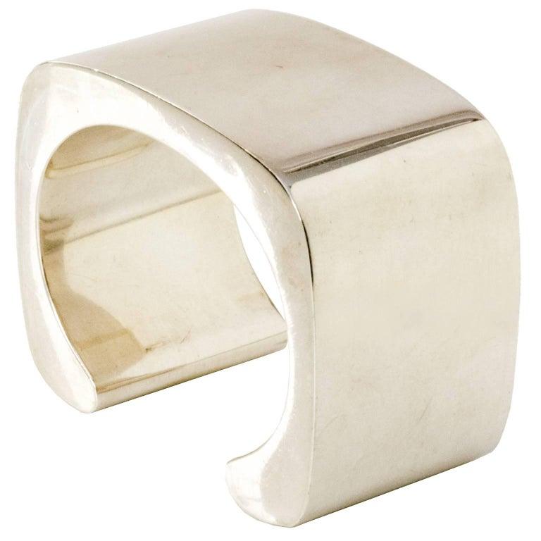 Sterling silver cuff bracelet by Pekka Piekainen, Finland. For Sale