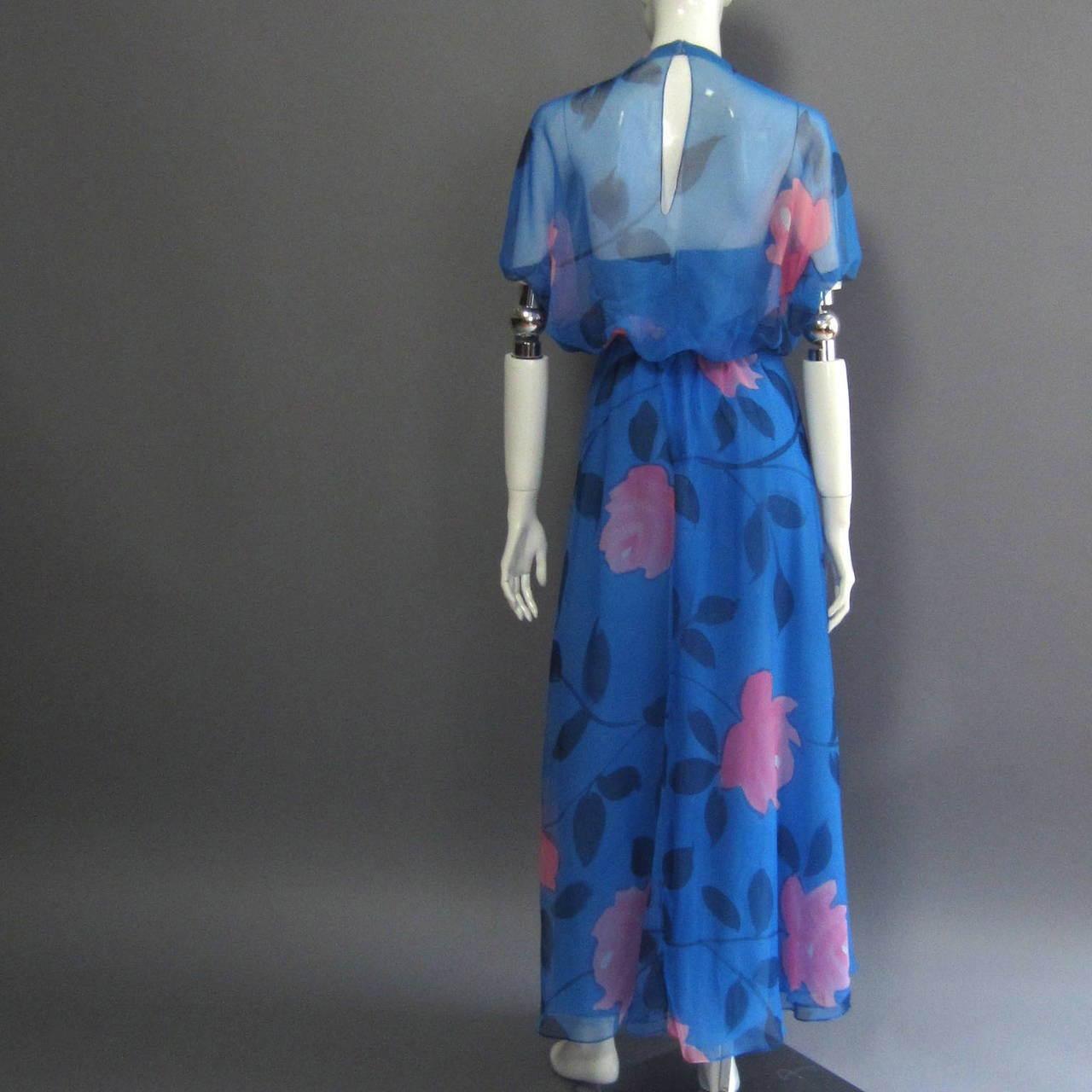 1970s ESTEVEZ Floral Print Maxi Dress 6