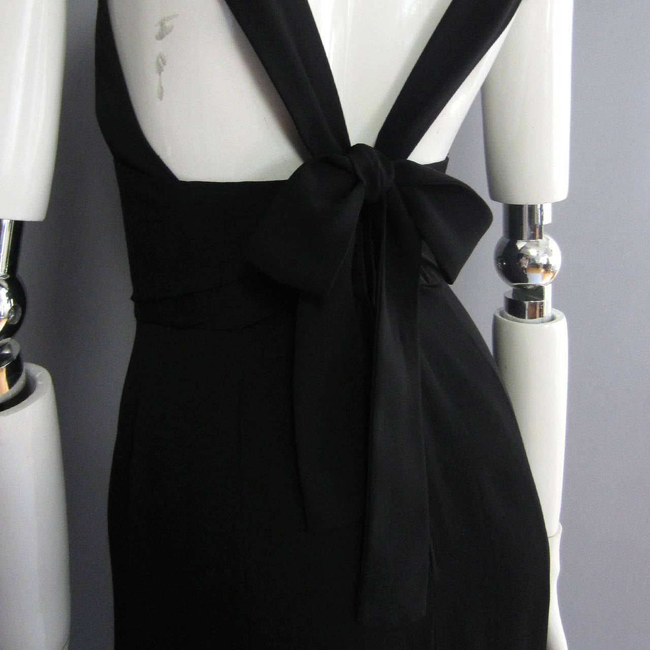 NORMAN NORELL Black Column Evening Gown with Back Tie Detail For Sale 3
