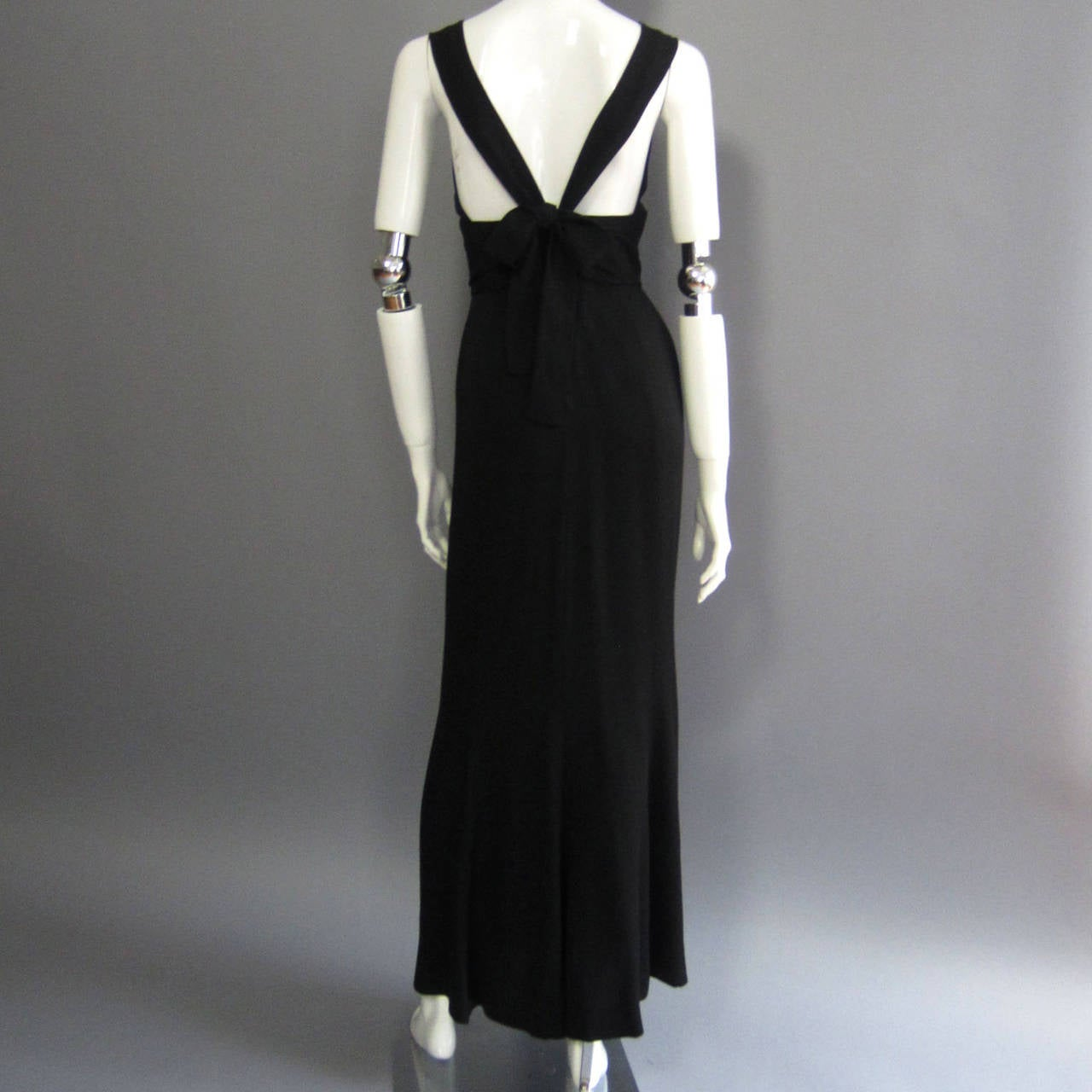 NORMAN NORELL Black Column Evening Gown with Back Tie Detail For Sale 1