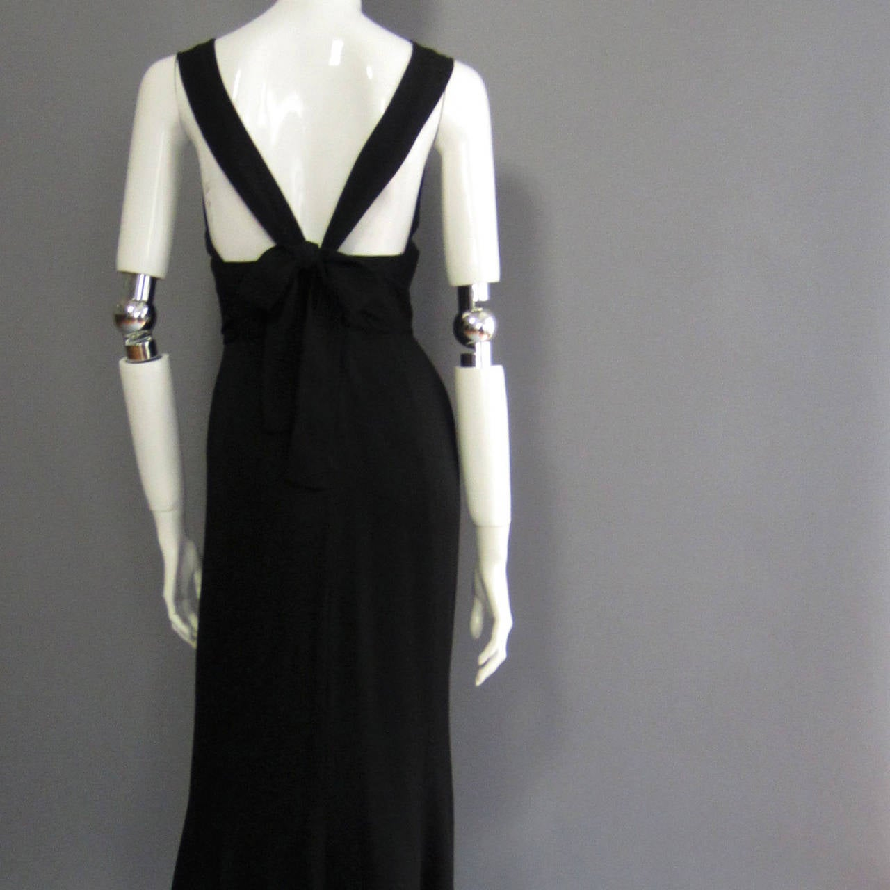 NORMAN NORELL Black Column Evening Gown with Back Tie Detail For Sale 2