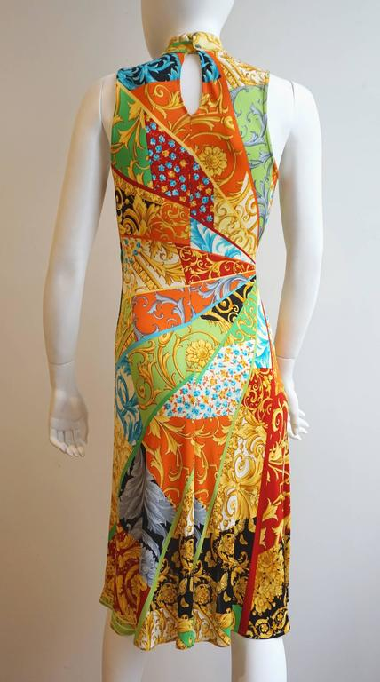 GIANNI VERSACE Print Jersey Dress with Side Snap Detail For Sale 2