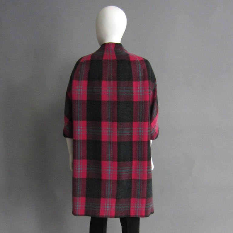 1960s Plaid Coat with Detachable Collar 7