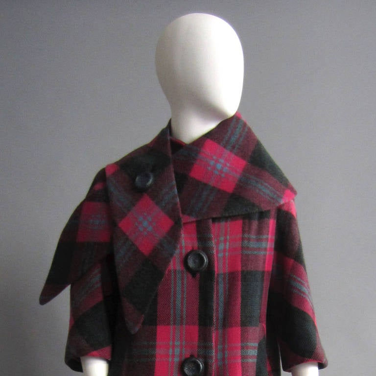1960s Plaid Coat with Detachable Collar 5