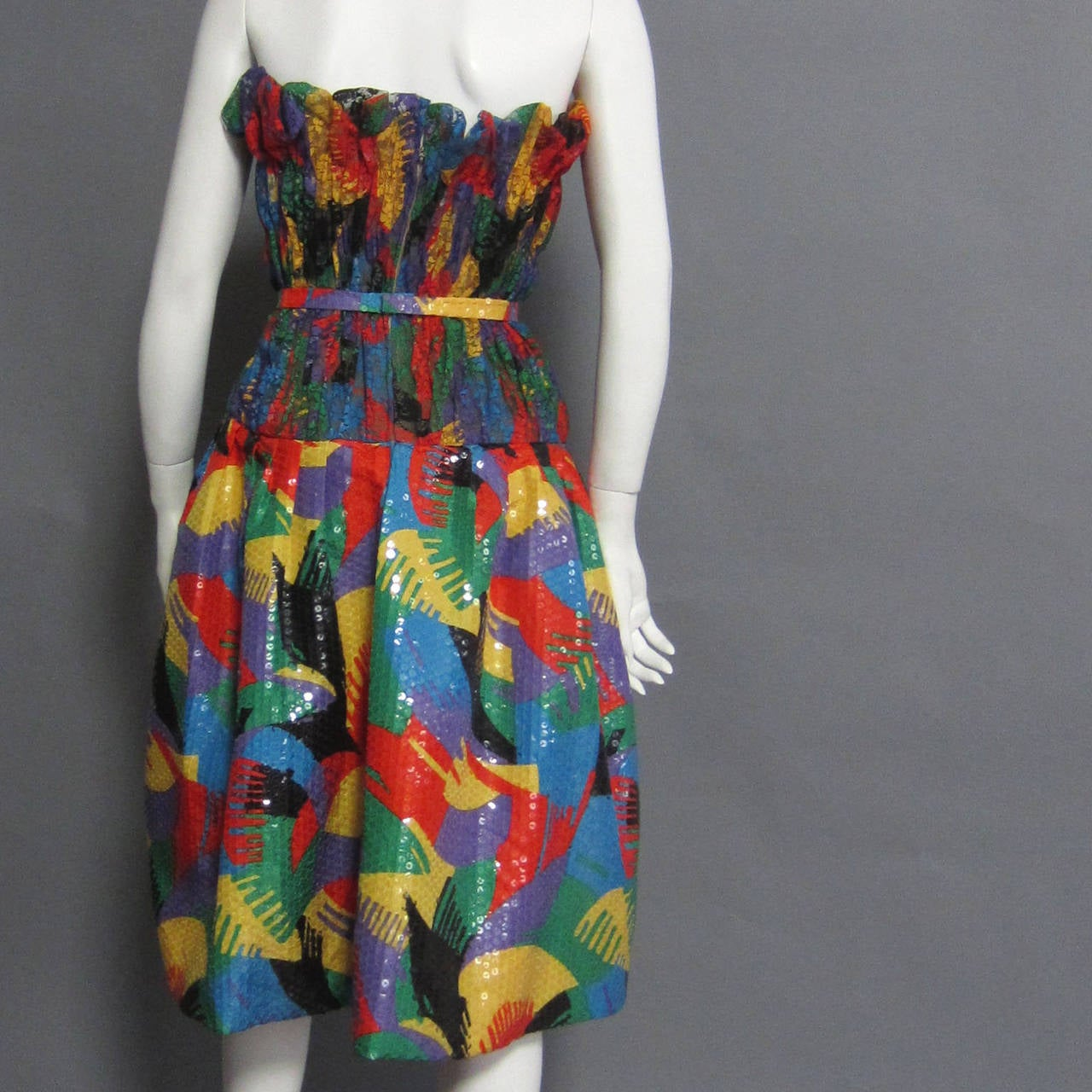 SCAASI Multi Color Lace and Sequin Cocktail Dress In Excellent Condition For Sale In New York, NY