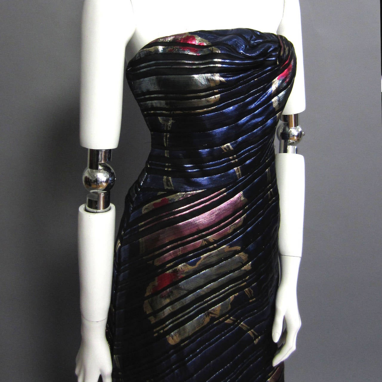 Black SCAASI Stunning Metallic & Floral Print Gown For Sale