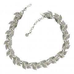Trifari 1960s Silver Tone Vintage Leaf Necklace