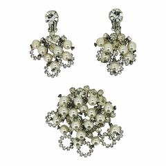 Juliana by Delizza and Elster 1960s Rhinestone and Faux Pearl Vintage Earrings a