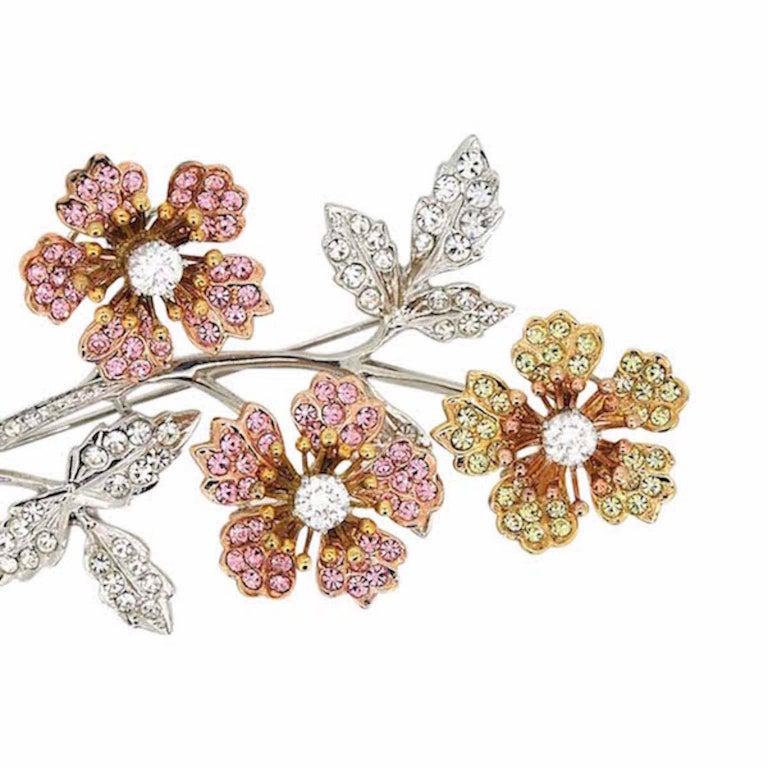 Swarovski 1980s Rhinestone En Tremblant Vintage Floral Brooch 2