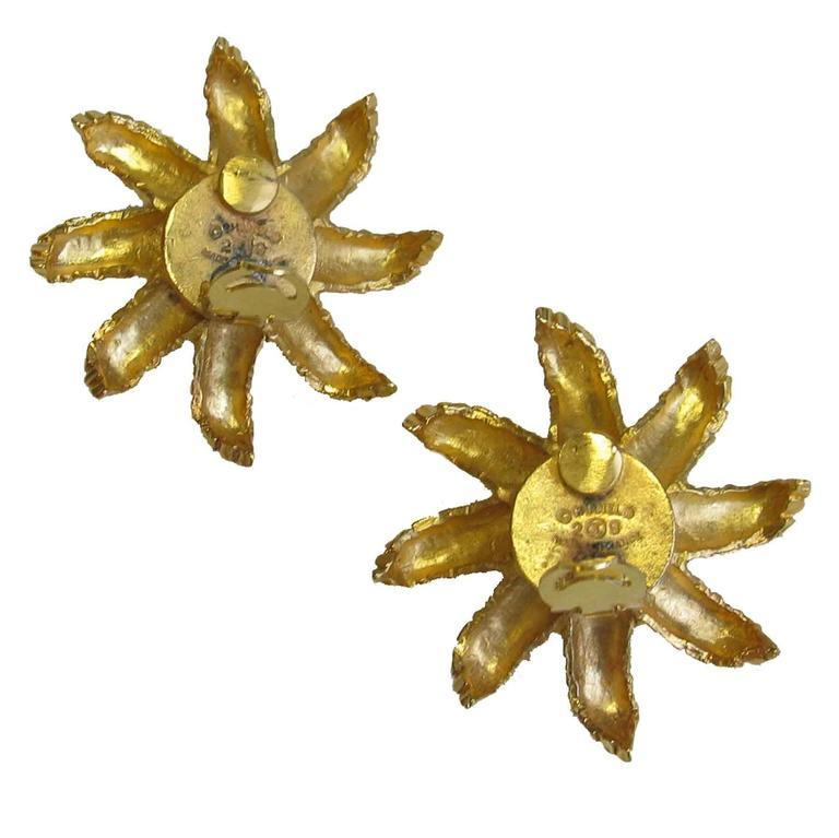 Women's CHANEL Clip-On Earrings Ear of Wheat in Gilt Metal and Glass Pearl For Sale