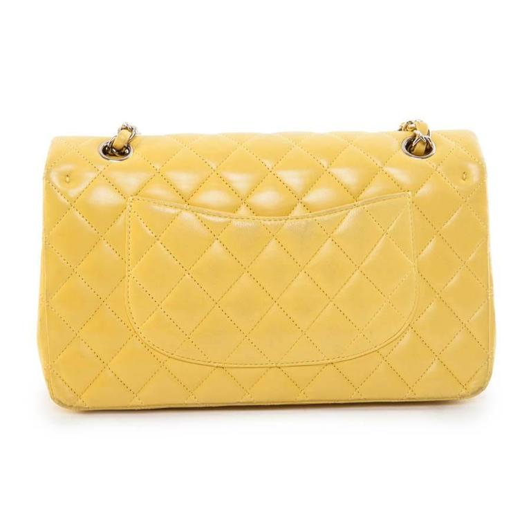 Chanel Timeless Classic Double Double Flap Shoulder Bag in yellow lamb leather. Palladium silver hardware. Double flap. Hologram: 1326 ... no authenticity Card available.  2010 Collection.  In good condition. Slight wear of the corners, on the
