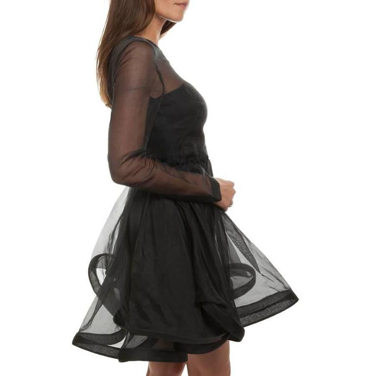 Valentino Black Cocktail Dress 40IT In Excellent Condition For Sale In Paris, FR