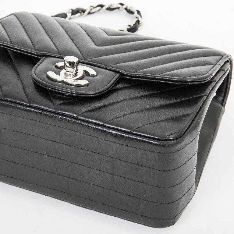Mini Chanel Quilted Black Lamb Leather Shoulder Bag For Sale 2