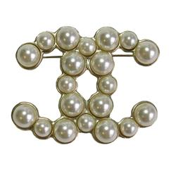Chanel Gilt Metal and Glass Pearls CC Brooch