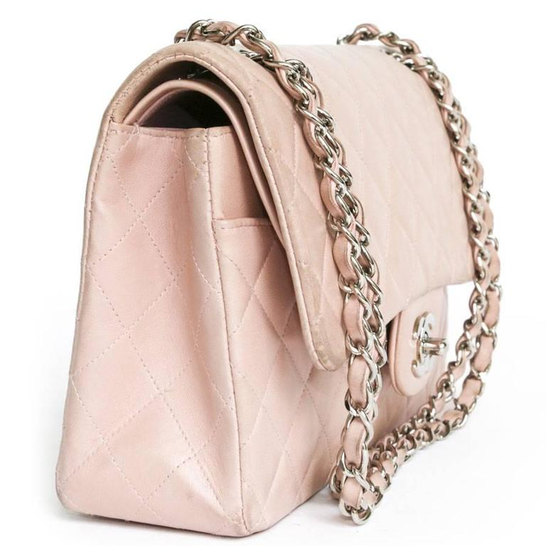 CHANEL Timeless Flap Shoulder Bag in Pink Leather  For Sale 4