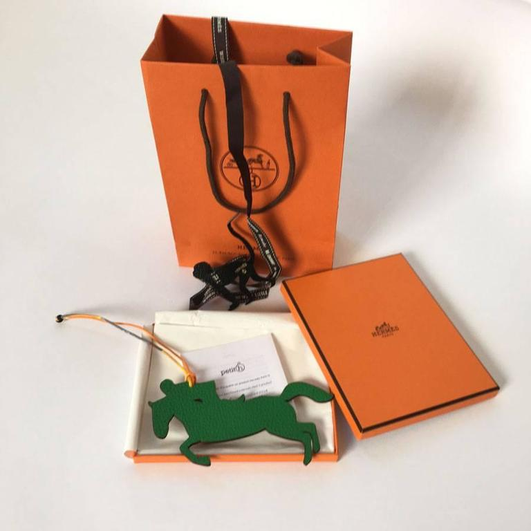Hermès Hermes Charm Horse And Jockey In Bicoloured Green And Brown Leather 9kyzZB